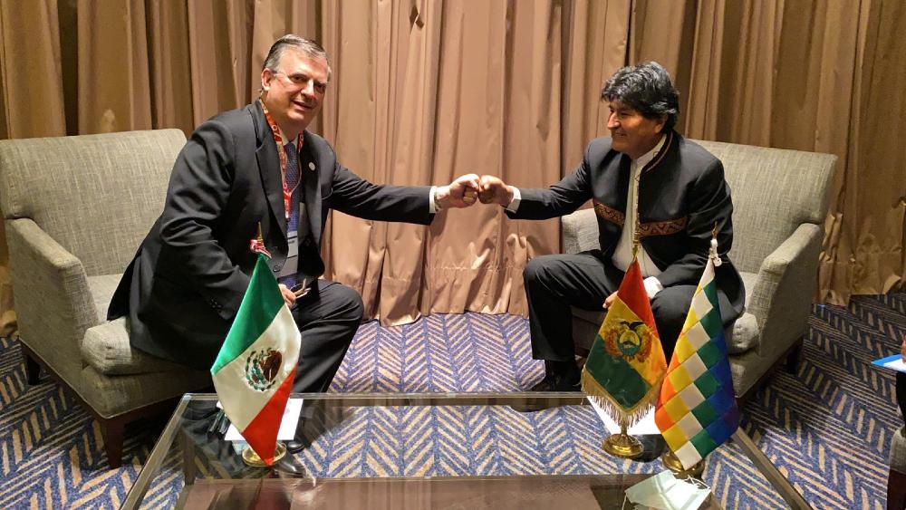 Marcelo Ebrard y Evo Morales se reencuentran en Perú - Marcelo Ebrard Evo Morales
