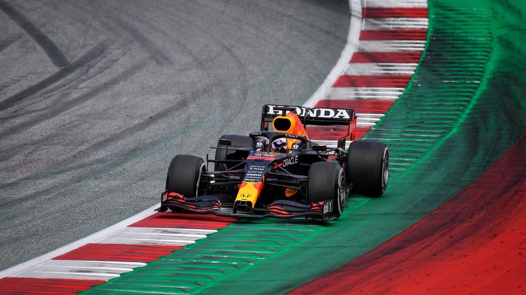 Verstappen gana el GP de Austria; 'Checo' Pérez finaliza en sexto lugar - Max Verstappen en GP de Austria. Foto de EFE