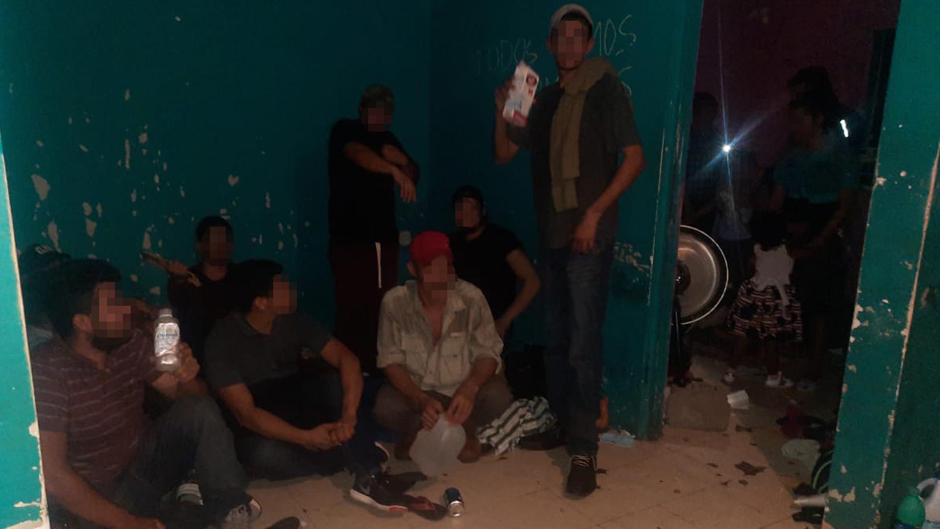 vRescatan a 50 migrantes, entre ellos 18 menores, en Tamaulipas. Foto de Gobierno de Tamaulipas