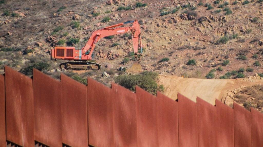 Muere migrante mexicano tras ser rescatado por la Patrulla Fronteriza - Muere migrante mexicano tras ser rescatado por la Patrulla Fronteriza. Foto de EFE