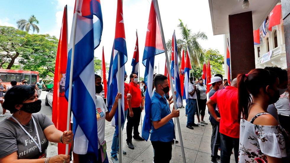 UE pide a Cuba liberar a opositores y periodistas detenidos en protestas - Protesta pacífica en Cuba. Foto de EFE