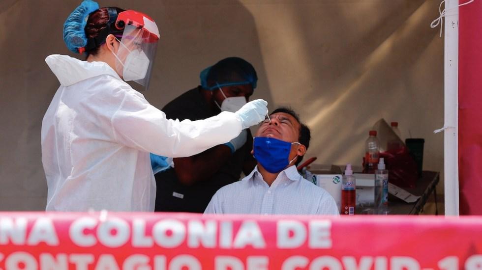 México registró en las últimas 24 horas 6 mil 535 casos y 108 muertes por COVID-19 - Ciudad de México en alerta ante incremento de COVID-19. Foto de EFE