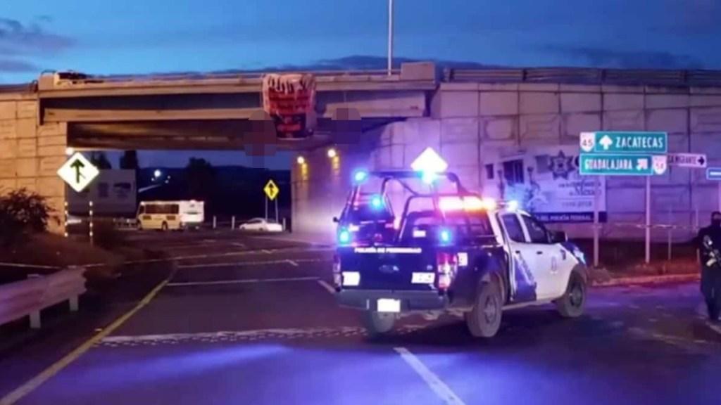 Cuelgan dos cuerpos en puente vehicular de Zacatecas - Puente vehicular de Zacatecas donde fueron colgados dos cuerpos. Foto de El Universal