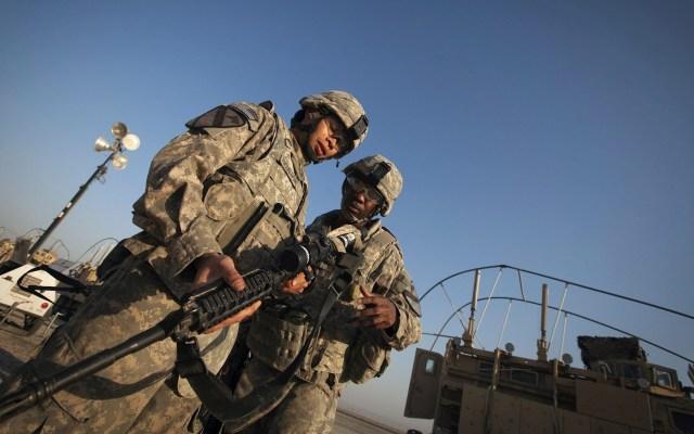 Biden confirma que tropas de combate de EE.UU. abandonarán Irak a finales de año - Soldados de la 3ª Brigada, 1ª División de Caballería del Ejército estadounidense. Tropas en Irak. Foto de EFE/ Lucas Jackson/ Pool/ Archivo.