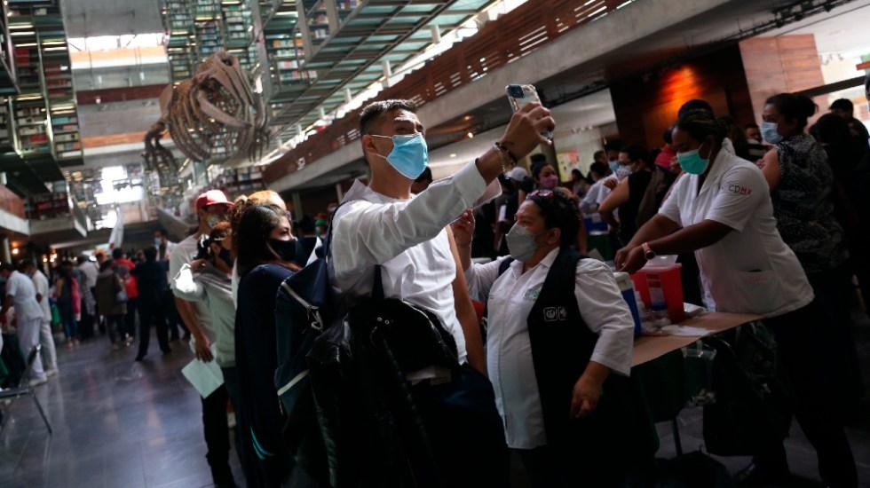 INAI ordena a SSA transparentar uso de datos personales recabados en vacunación - Vacunación CDMX covid Biblioteca Vasconcelos México