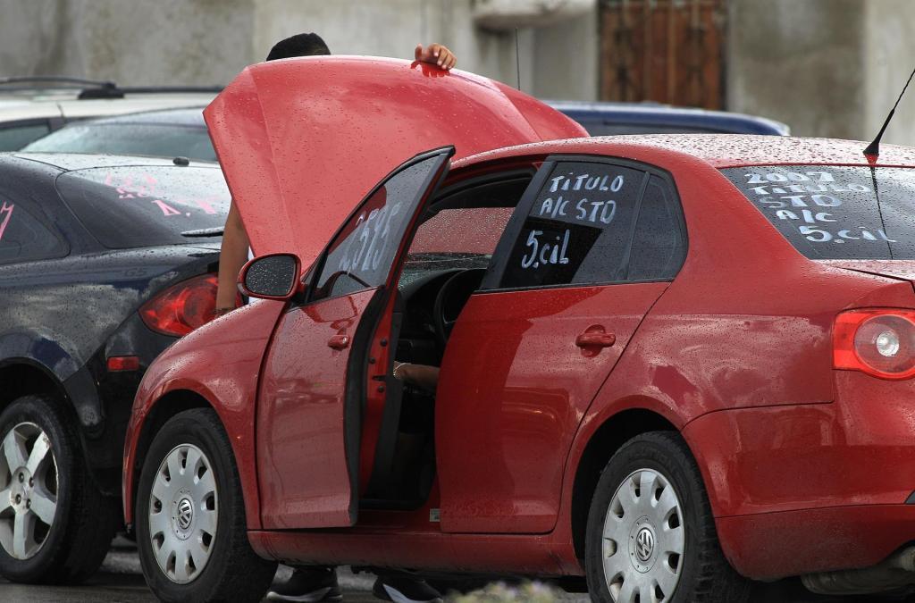 AMLO firmará decreto para regularizar automóviles este sábado - autos chocolate
