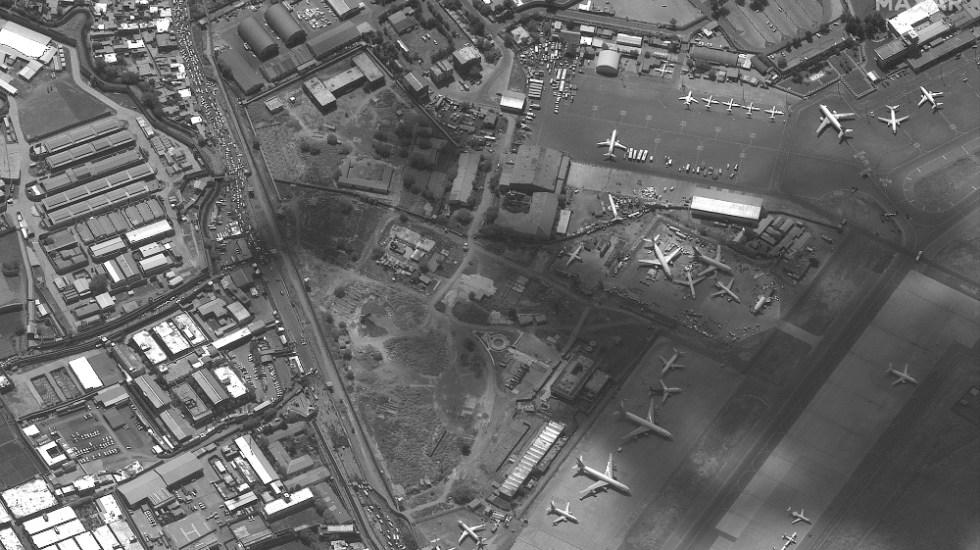 Estados Unidos desalojó a tres mil personas de Kabul en últimas 24 horas - aeropuerto Kabul Afganistán satélite