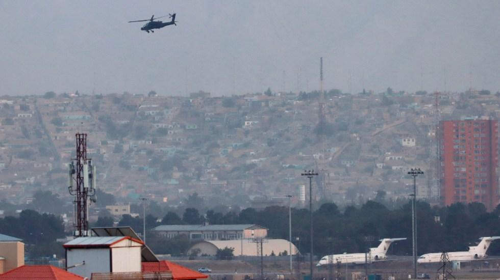 EE.UU. controla aeropuerto de Kabul y los talibanes sus inmediaciones - aeropuerto Kabul Afganistán