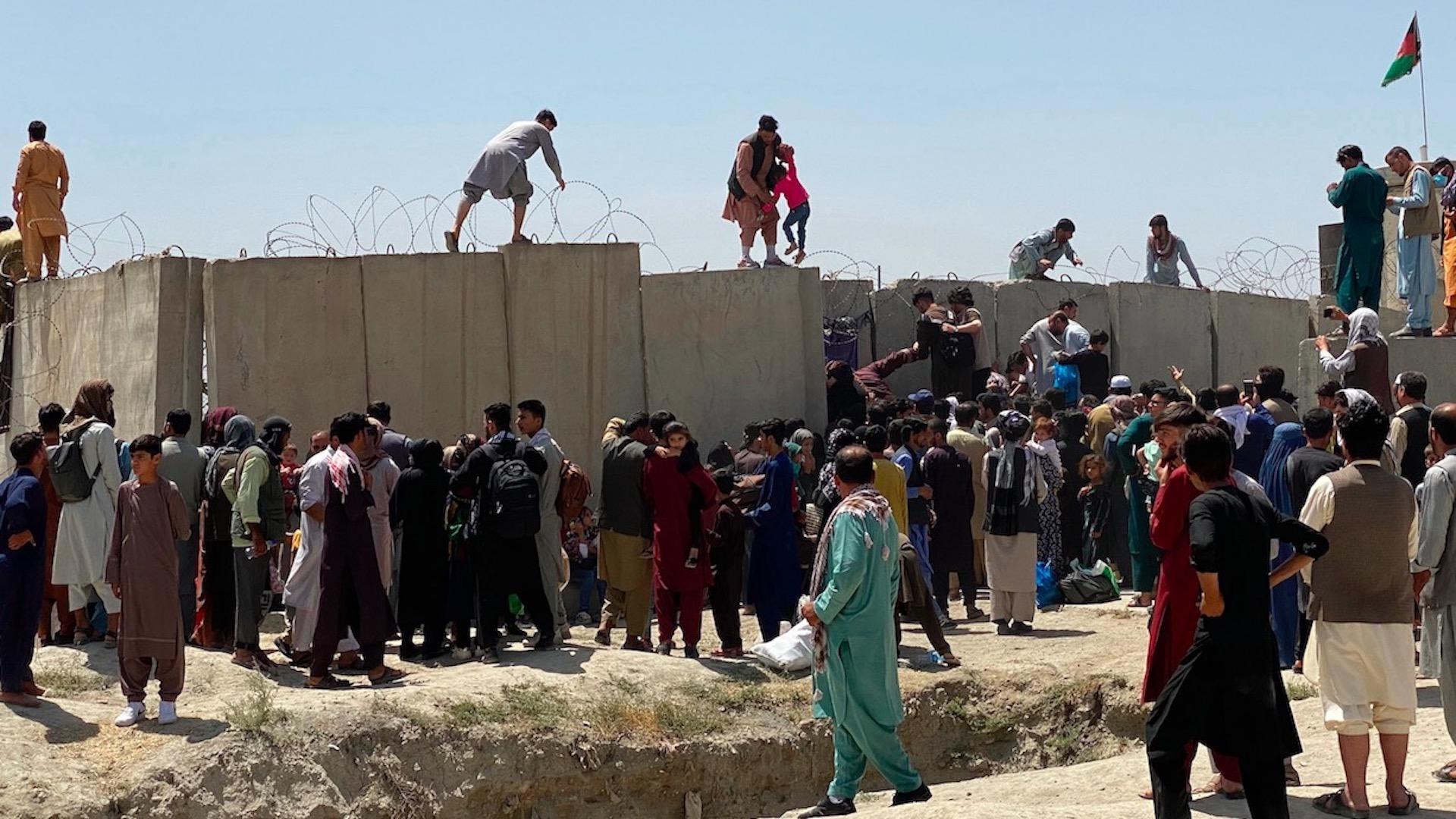Afganistán con 17 mil 500 desplazados en el último mes, reporta ONU. Foto de EFE