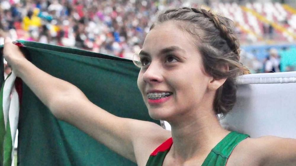 Alegna González se queda cerca de medalla en marcha de 20 kilómetros - Alegna González