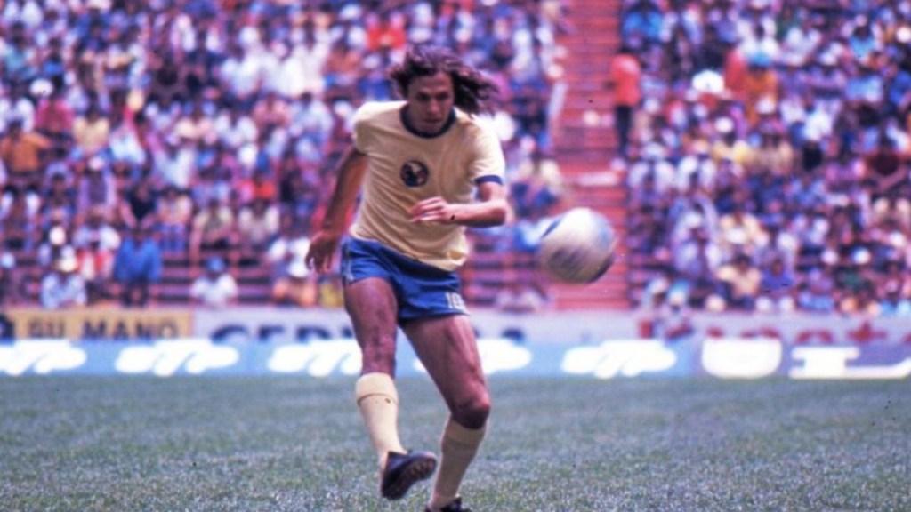 Murió Antonio de la Torre Villalpando, emblemático jugador de Pumas y América. Foto de Grupo Fórmula