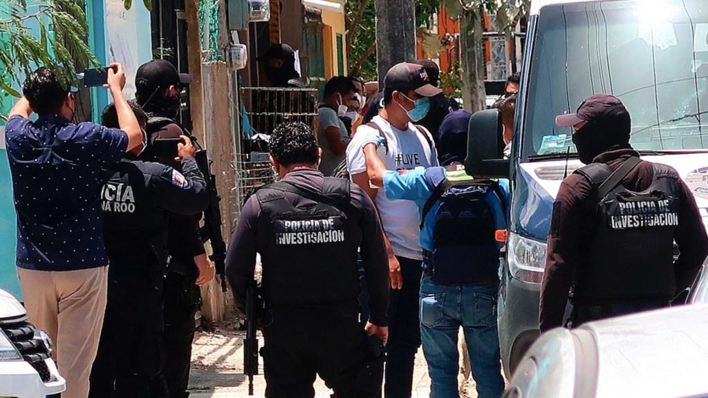 Rescatan a 52 migrantes, entre ellos ocho menores, en Cancún - Rescatan a 52 migrantes, entre ellos ocho menores, en Cancún. Foto de EFE
