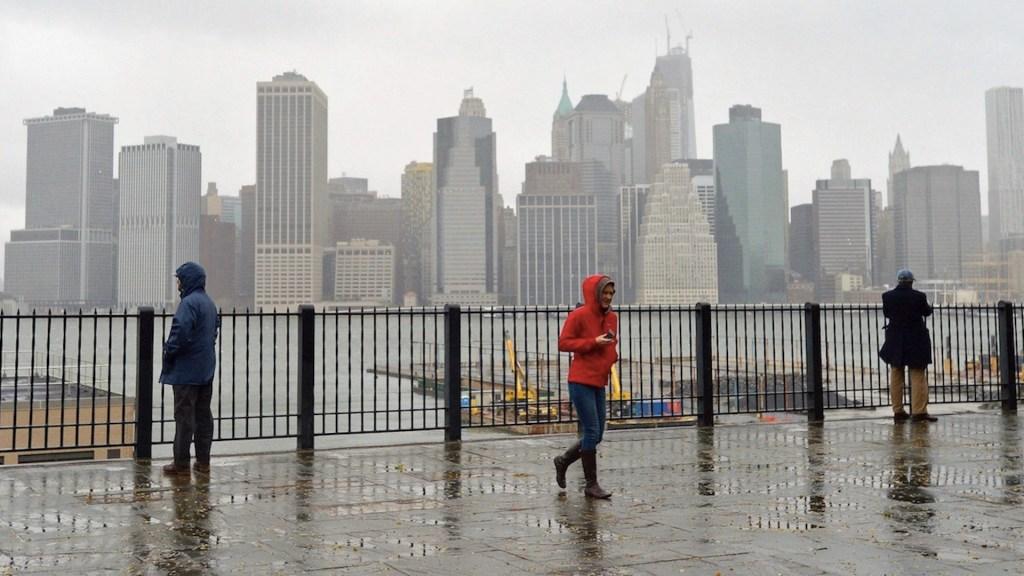 Henri se convierte en huracán; avanza hacia Long Island y Nueva Inglaterra - Henri se convierte eh huracán; avanza hace Long Island y Nueva Inglaterra. Foto de EFE