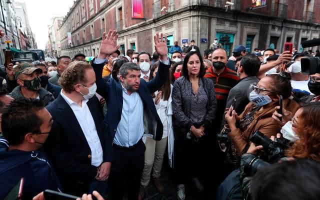 """SSC investigará agresión a Lía Limón; """"de ninguna manera esta policía reprime"""", afirma Omar García Harfuch - Manifestación de alcaldes electos de la oposición tras agresión afuera del Congreso CDMX"""