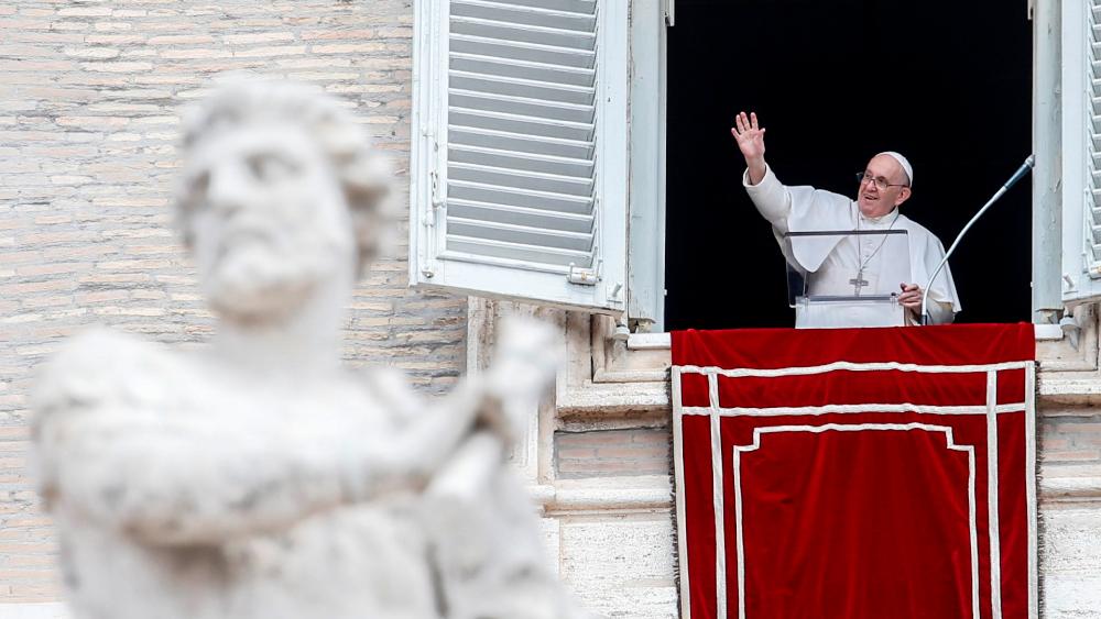 Interceptan en Milán una carta dirigida al papa Francisco con tres balas - papa Francisco