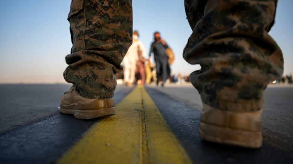 Al menos 12 soldados de EE.UU. muertos en atentado de Kabul: Pentágono - soldados EEUU evacuación Kabul Afganistán