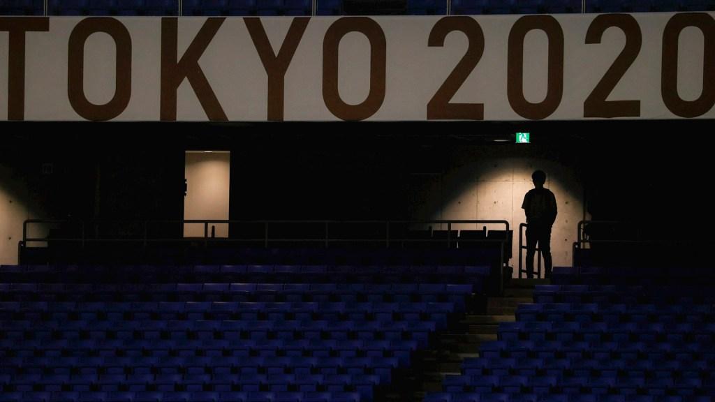Gradas vacías en el encuentro de Cuartos de Final entre Corea del Sur y México, durante los Juegos Olímpicos 2020, en el Estadio Internacional de Yokohama. Foto de EFE/ Miguel Gutiérrez.