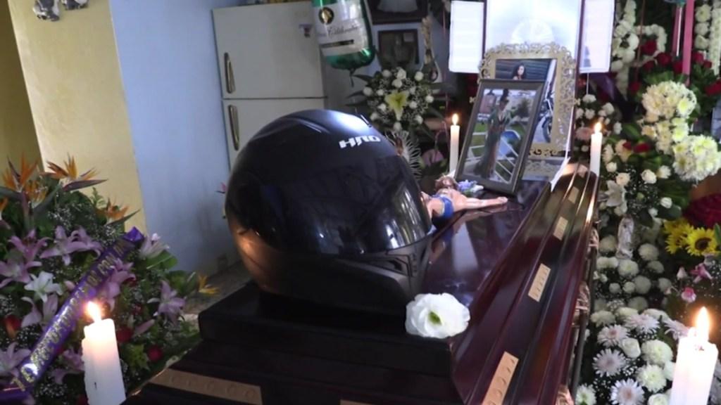 Entre mariachis y motos dan último adiós a motociclistas muertos en la México-Cuernavaca - México-Cuernavaca