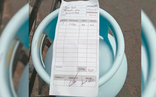 Decepcionan precios del Gas Bienestar en Iztapalapa; rebaja es de apenas 40 pesos - Venta de Gas Bienestar en Iztapalapa
