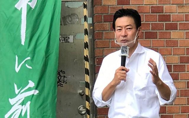 Dan cuatro años de cárcel en Japón a exdiputado por sobornos para abrir casinos - Akimoto Tsukasa