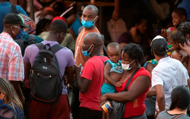 Estado no puede exigir a migrantes CURP para brindar servicios de salud - albergue migrantes haitianos Monterrey México