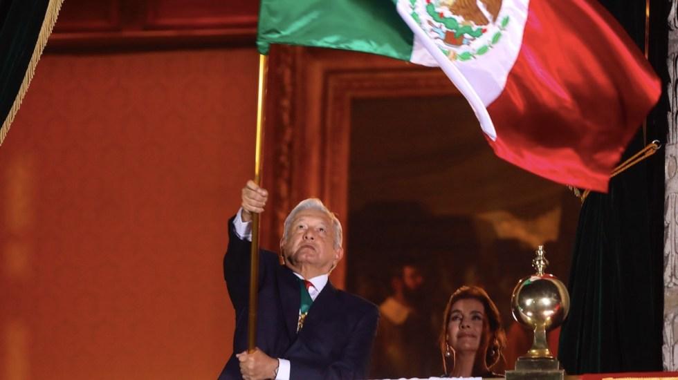 ¡Viva nuestra soberanía, viva el amor al prójimo, vivan las culturas del México prehispánico! el Grito de López Obrador - Ceremonia del Grito de Independencia. Foto de EFE