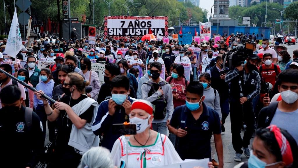 Gobierno de México por resolver que los 43 normalistas de Ayotzinapa fueron asesinados - Ayotzinapa normalistas desaparecidos