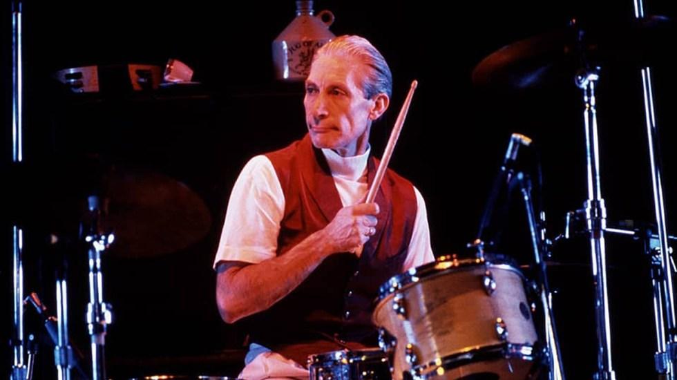 The Rolling Stones recuerdan a Watts en primer concierto sin el baterista - Charlie Watts en gira con The Rolling Stones de 1989