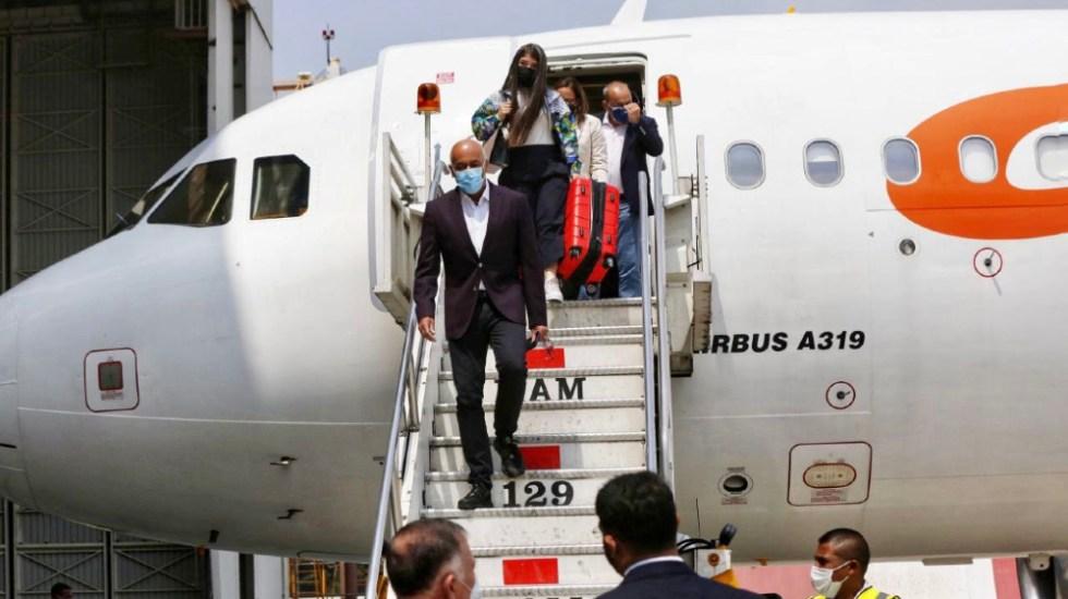Delegación de Maduro llega a México para reanudar diálogo con la oposición - Delegación Maduro diálogo venezolano Jorge Rodríguez