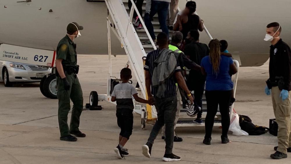 Dos de cada tres haitianos deportados de EE.UU. son mujeres o niños: Unicef - deportaciones haitianos EEUU