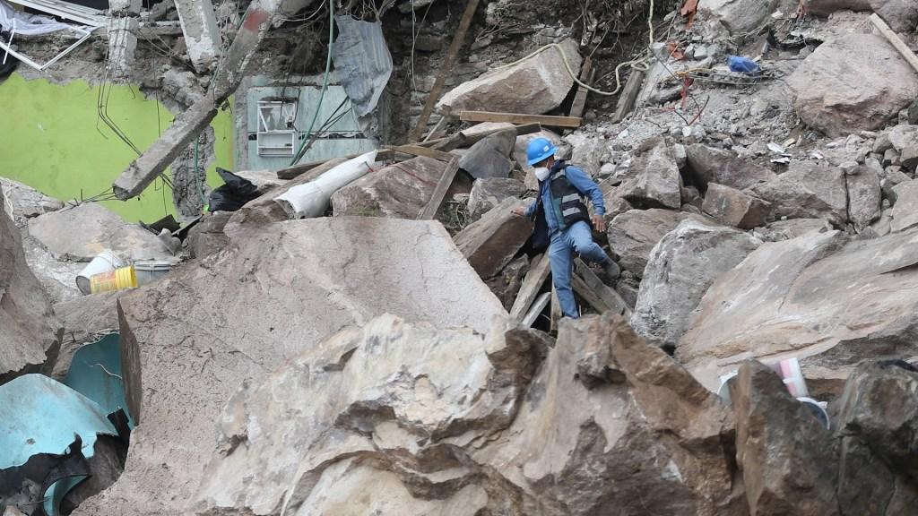 Ofrecerán alternativas a familias afectadas por derrumbe en el cerro del Chiquihuite - Derrumbe Cerro del Chiquihuite 2