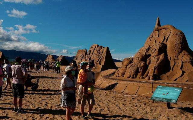 Esculturas de arena inspiradas en películas de Pixar en Taiwán - Foto de EFE