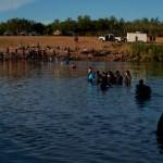 Haití le recuerda a EE.UU. que se construyó gracias a migrantes y refugiados - migrantes Haití haitianos campamento Del Río Texas