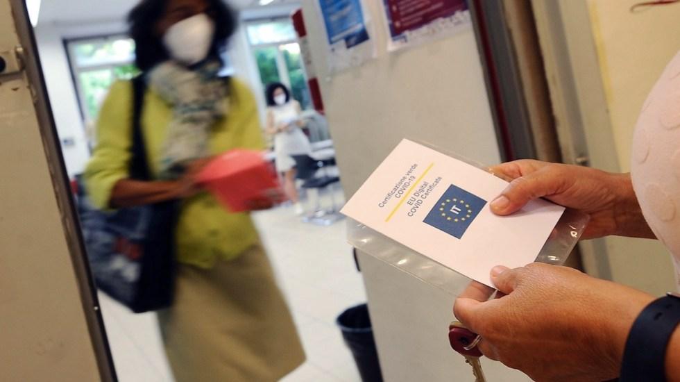 Italia, primer país en pedir certificado de vacunación a empleados - Italia, primer país en pedir certificado de vacunación a empleados. Foto de EFE