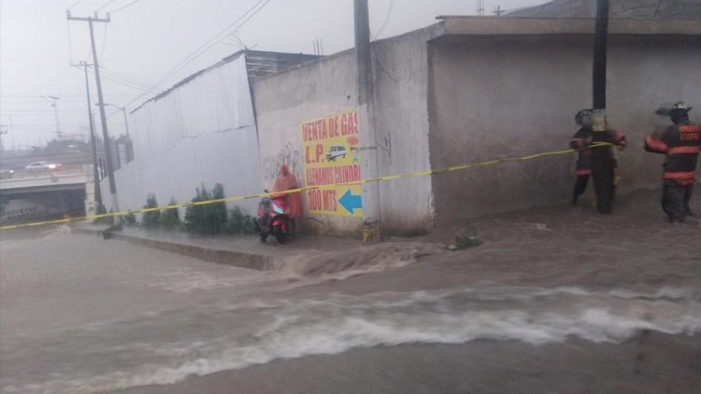 #Videos Alerta por fuertes lluvias en el Valle de México; en Ecatepec, un muerto - #Videos Alerta por fuertes lluvias en el Valle de México; en Ecatepec, un muerto. Foto de Bomberos Ecatepec