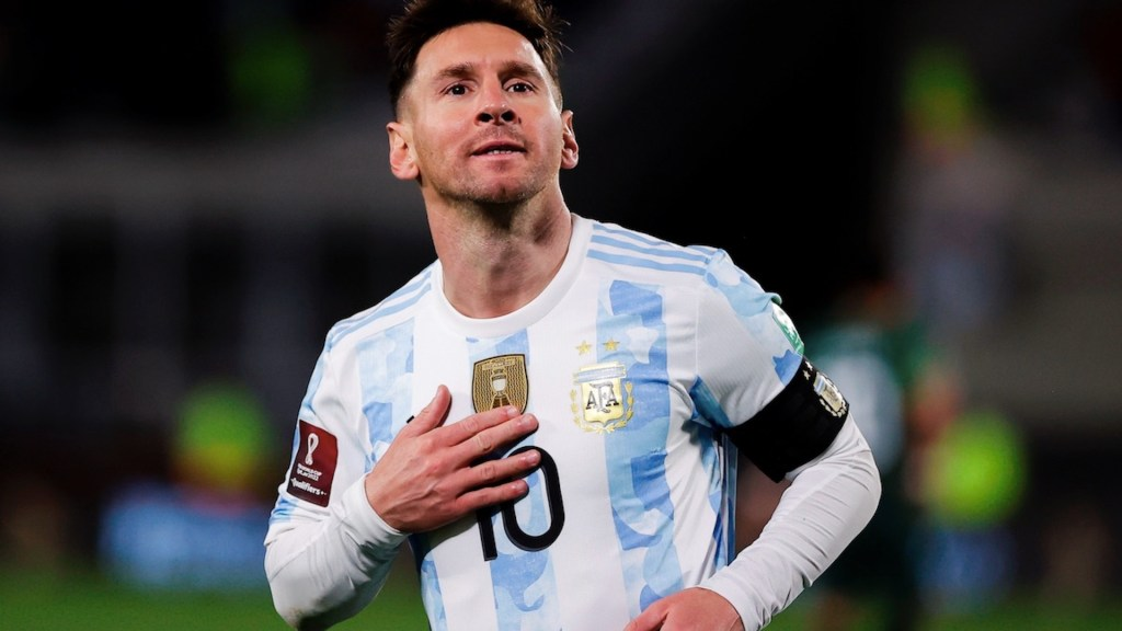 Messi supera a Pelé como máximo goleador de selecciones en Sudamérica - Messi iguala a Pelé como máximo goleador de selecciones en Sudamerica. Foto de EFE