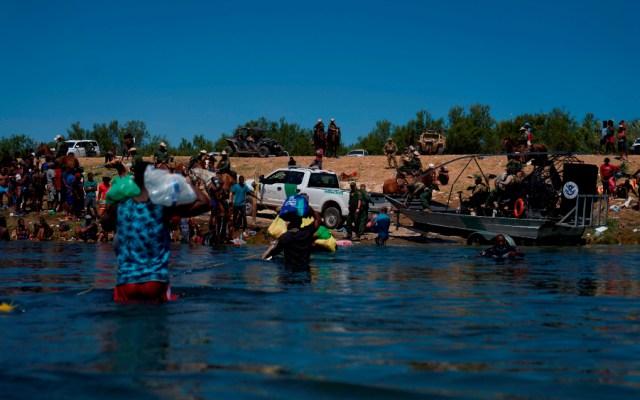 Biden asume la responsabilidad por maltrato a migrantes y promete consecuencias - migrantes haitianos EEUU Del Río