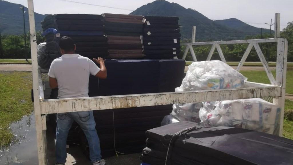 Implementan operativo de ayuda para Tierra Caliente por inundaciones - Implementan operativo de ayuda para Tierra Caliente por inundaciones. Foto de Twitter Héctor Astudillo