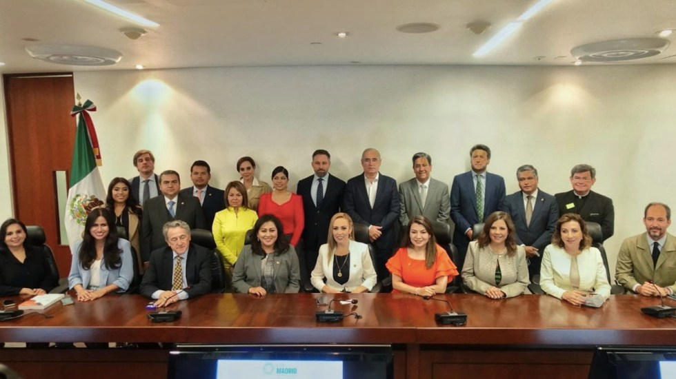 PAN firma Carta de Madrid con el partido ultraderechista español Vox - PAN firma Carta de Madrid con el partido ultraderechista español Vox. Foto de PAN