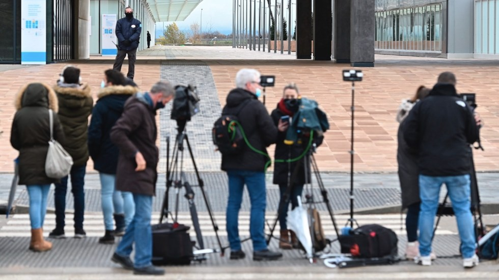 Periodismo, una de las profesiones más expuestas durante la pandemia - Periodismo, una de las profesiones más expuestas durante la pandemia. Foto de EFE