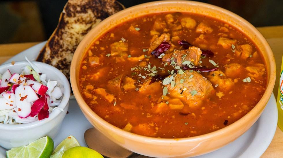 El menú que recomienda el IMSS durante las Fiestas Patrias - pozole
