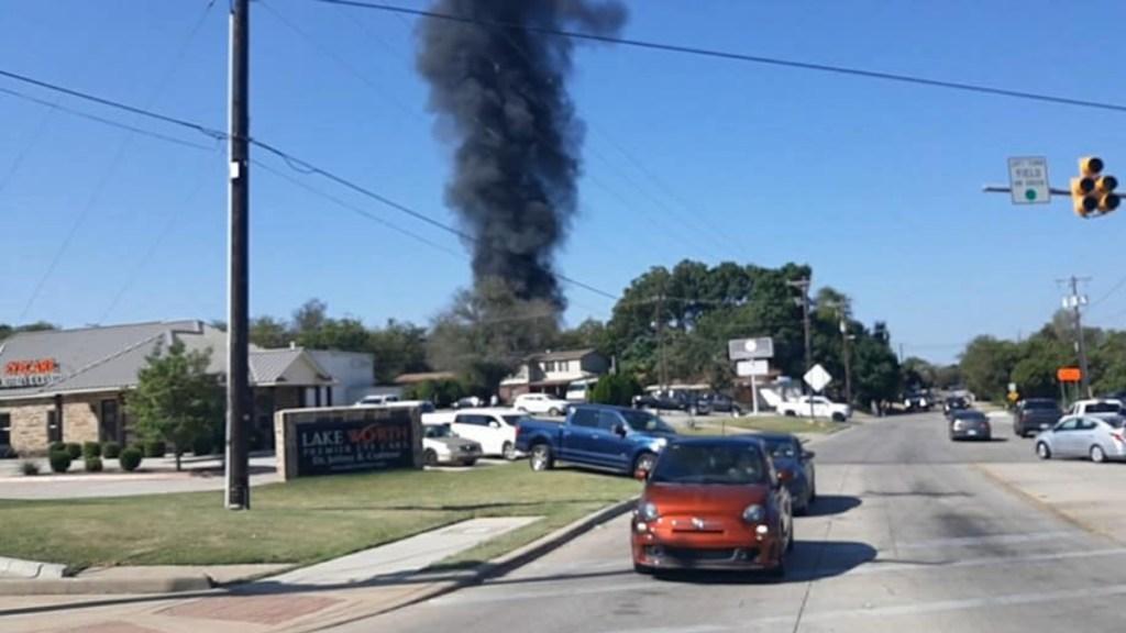 Avión militar de entrenamiento se estrella en Texas, hay dos lesionados - Texas avión militar accidente Estados Unidos