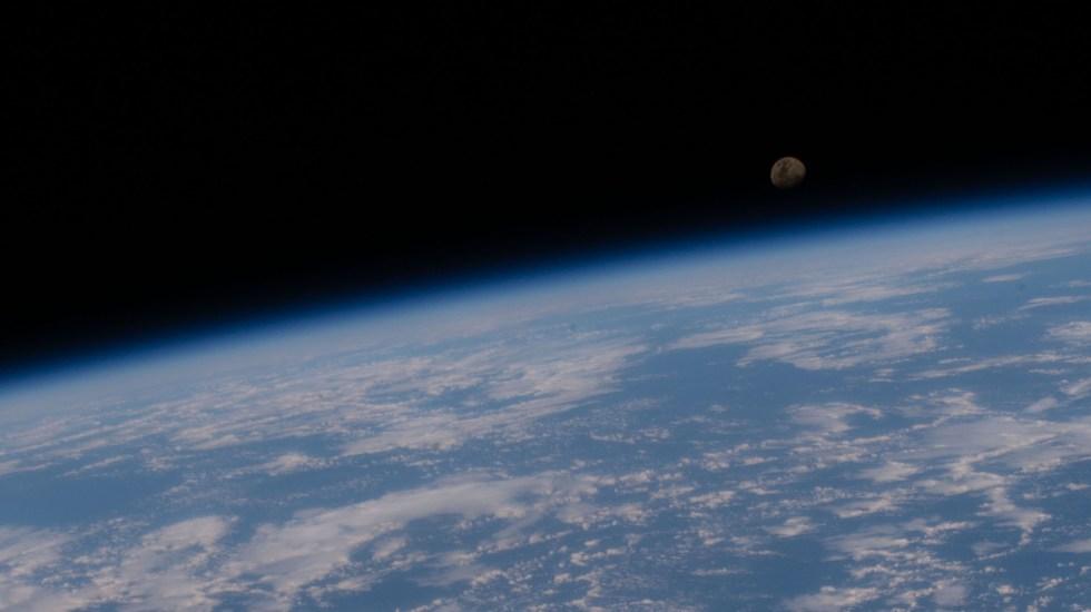 Nacimientos en el espacio exterior, realidad cada vez más cercana - Tierra vista desde el espacio exterior