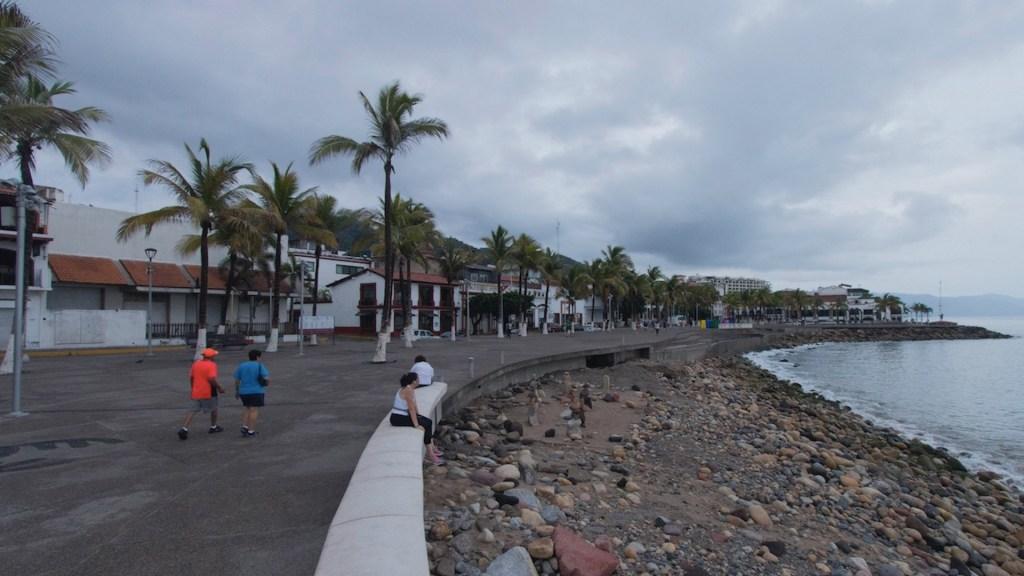 Tormenta tropical Olaf se aproxima a Los Cabos - Tormenta tropical Olaf se aproxima a Los Cabos. Foto de EFE