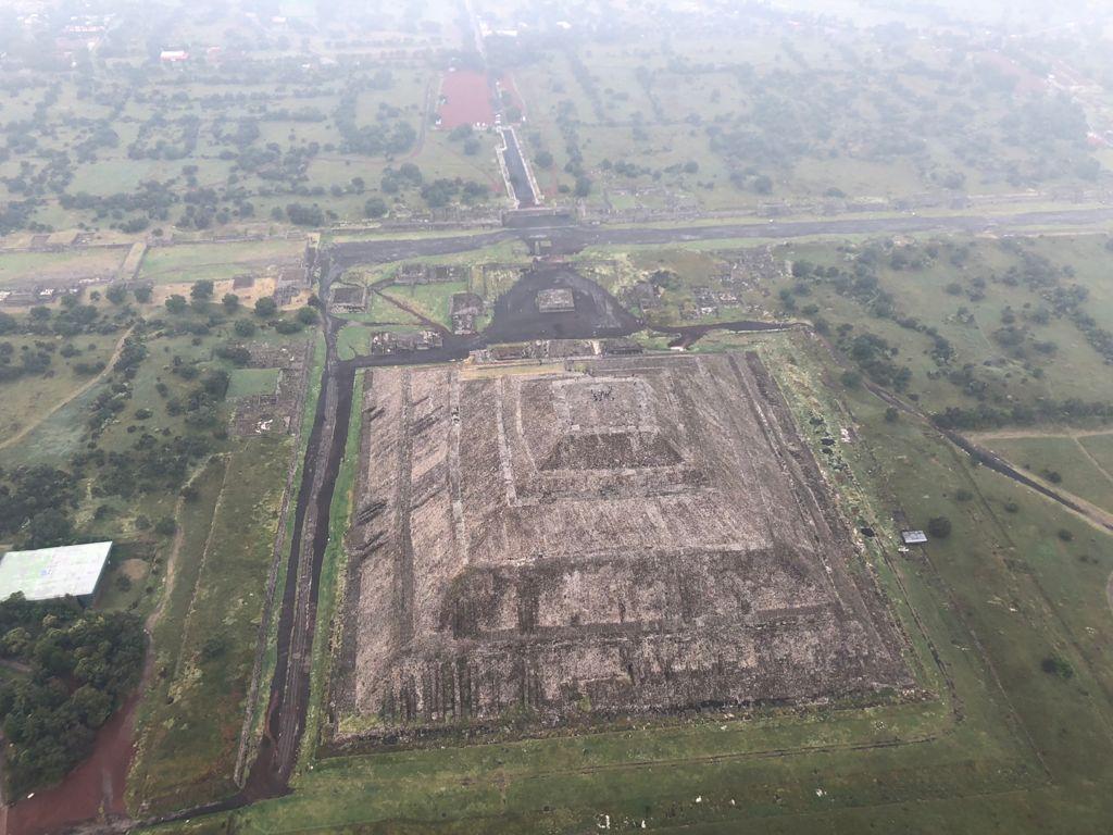 Viaje en globo aerostático en las Pirámides de Teotihuacán