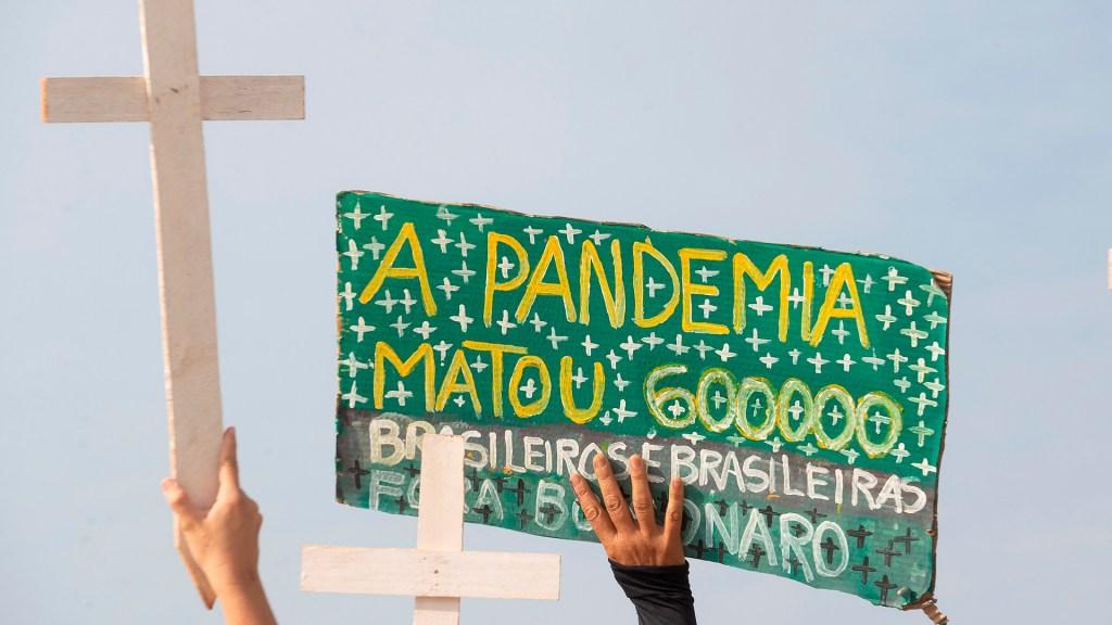 Brasil rebasa las 600 mil muertes por COVID-19 - 600 mil muertes en Brasil por COVID-19