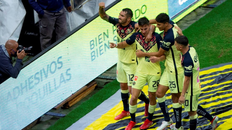 América vence a los Pumas y recupera el liderato del Apertura - América Pumas Liga MX