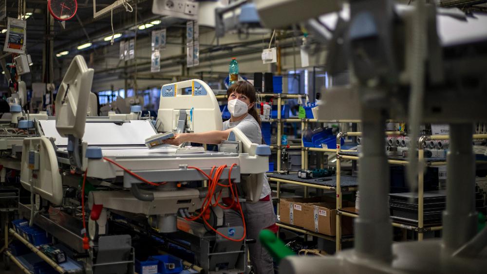AMLO afirma que se recuperaron los empleos perdidos en la pandemia - empleos IMSS México Inegi