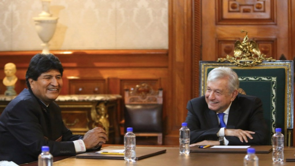 López Obrador recibe a Evo Morales en Palacio Nacional - López Obrador recibe a Evo Morales en Palacio Nacional. Foto de Twitter López Obrador