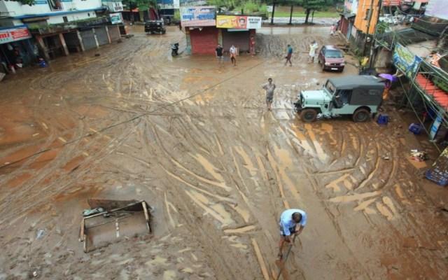 Al menos 67 muertos por intensas lluvias en India - Al menos 67 muertos por intensas lluvias en India. Foto de EFE